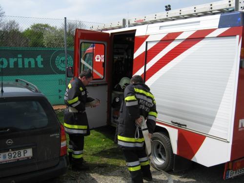 2010-04-24 Atemschutzübung in Jedenspeigen